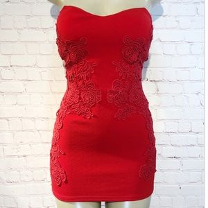 Red strapless bodycon dress with lace